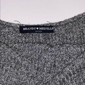 Brandy Melville Tops - Brandy Melville Crop Top